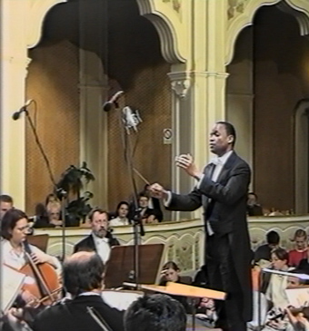 Photo - Anthony Cofield conducting the Satu Mare Philharmonic (Romania) in concert.